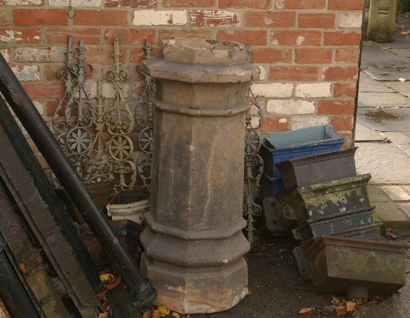 Large Octagonal Chimney Pot