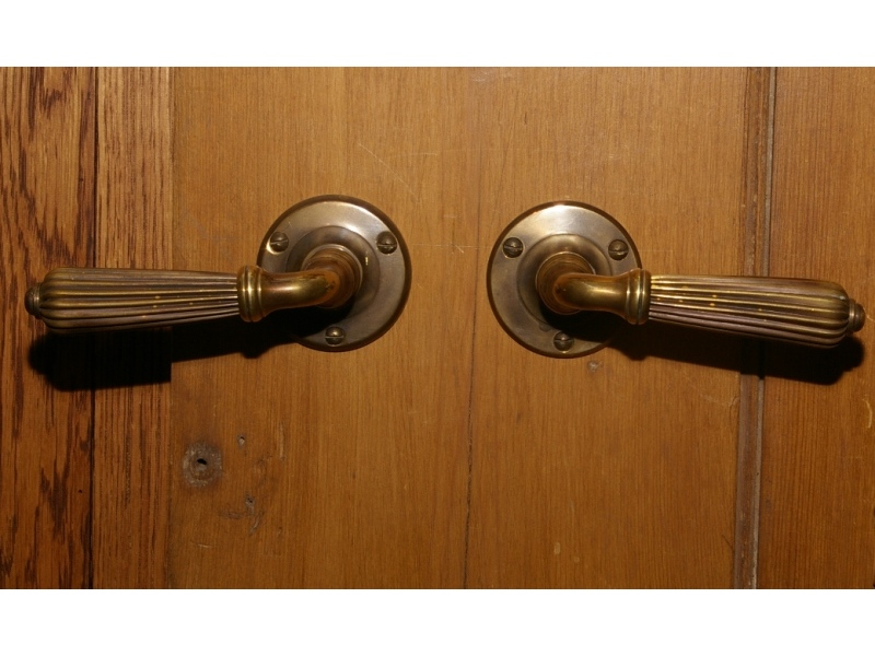 Product standard door knobs 076